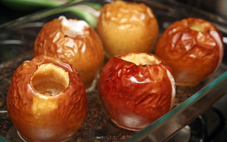 Яблоки запеченные после рвоты