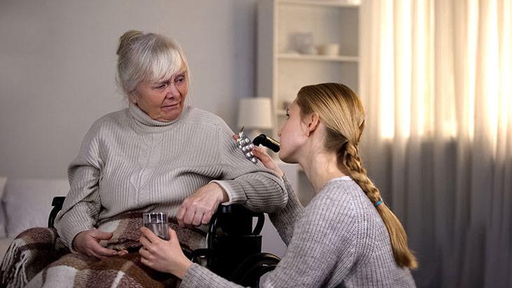 Таблетки от запоров пожилым